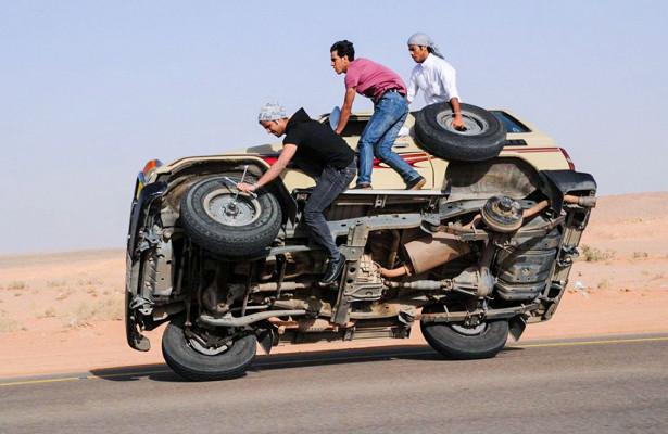 Как самостоятельно заменить колесо в автомобиле