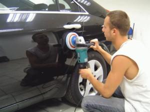 Самостоятельное устранение мелких дефектов кузова авто