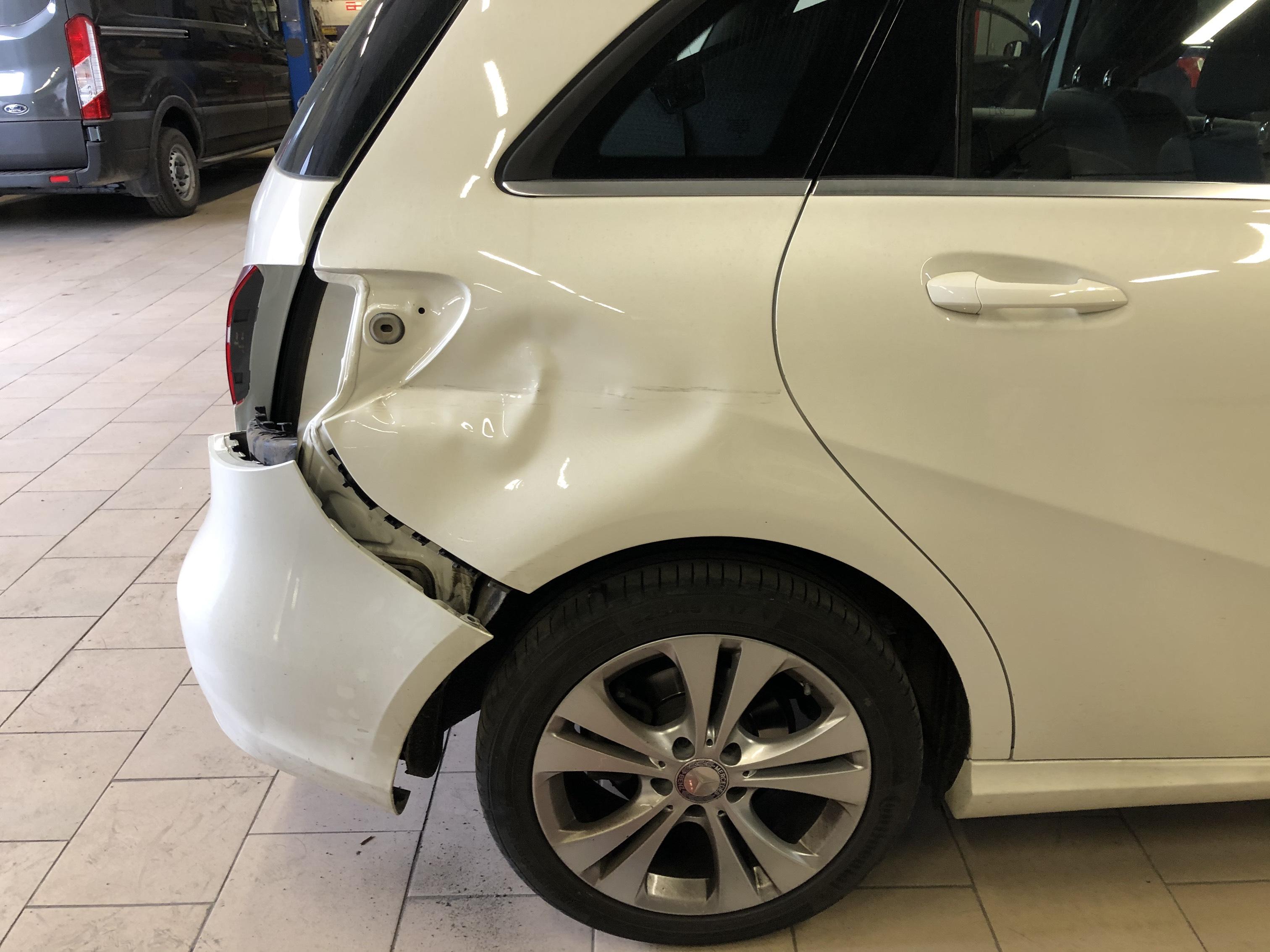 покраска авто Mercedes-Benz Mercedes B 180 в СПБ