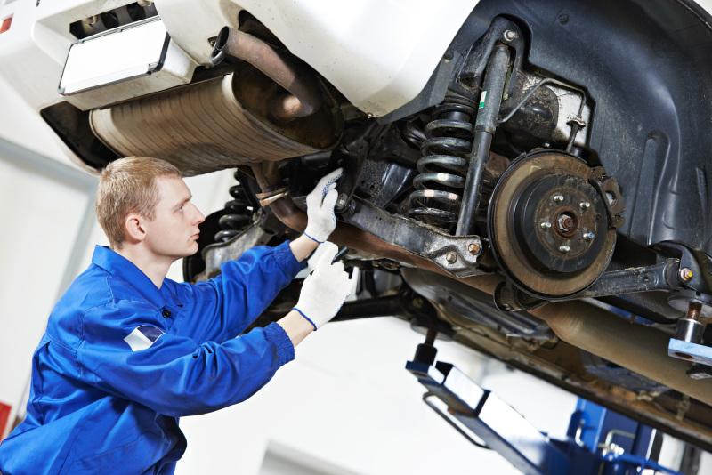 Немного информации об истории ремонта автомобилей